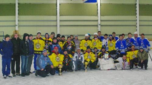 Хоккей, малый и большой